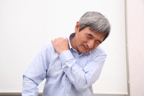 首肩痛18.jpg